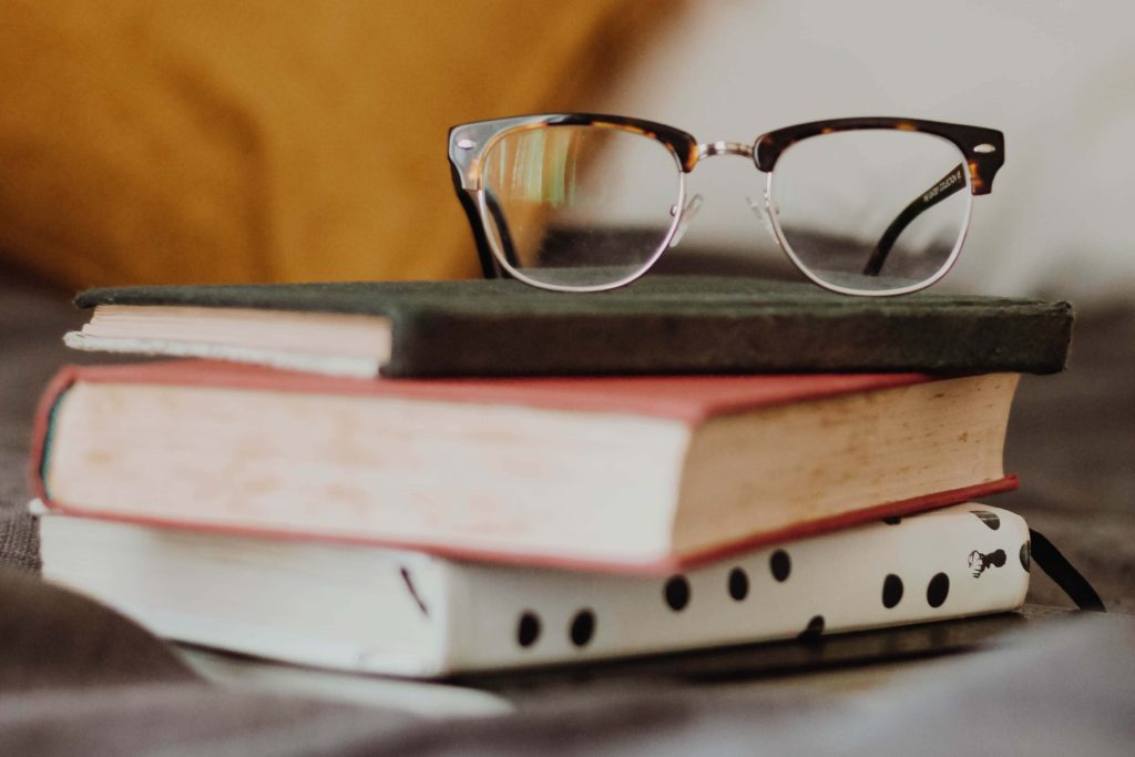 その読書は意味ない?正しい読書をするだけで劇的に変わる【インプット】